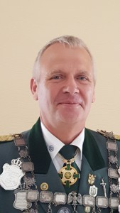 Stellvertreter Schrage